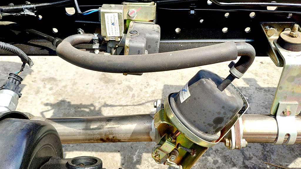 bộ xử lý khí thải xe tải iz65se