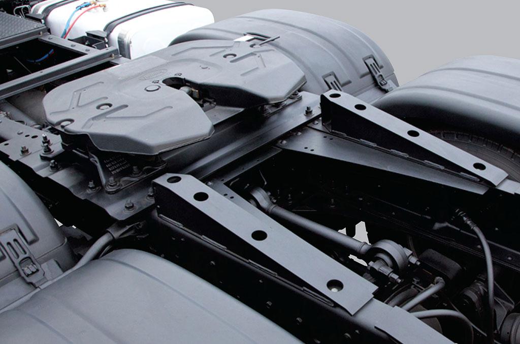 mâm kéo trên xe đầu kéo daewoo 2 cầu 6x4