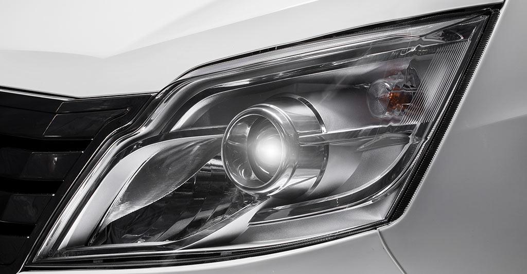 đèn chiếu sáng xe tera 100