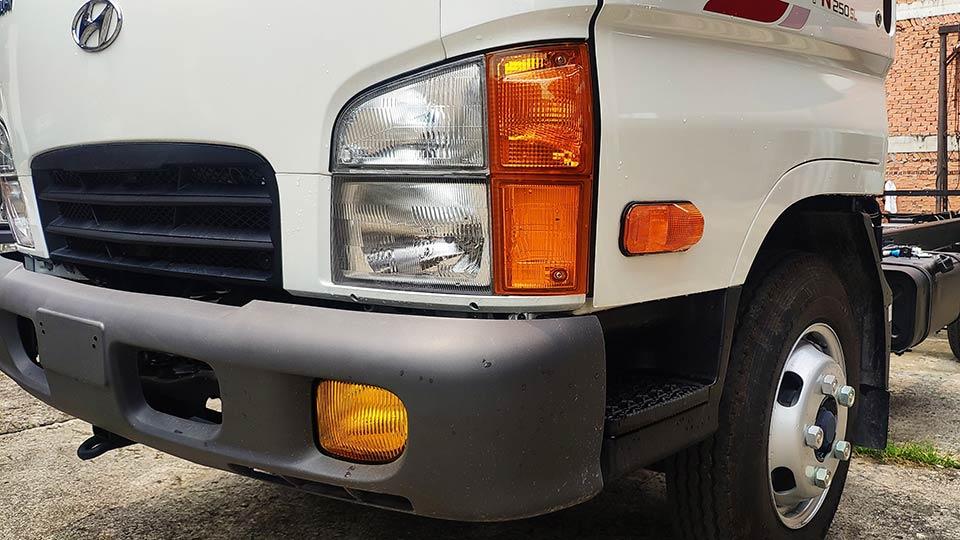 đèn xe tải hyundai n250sl