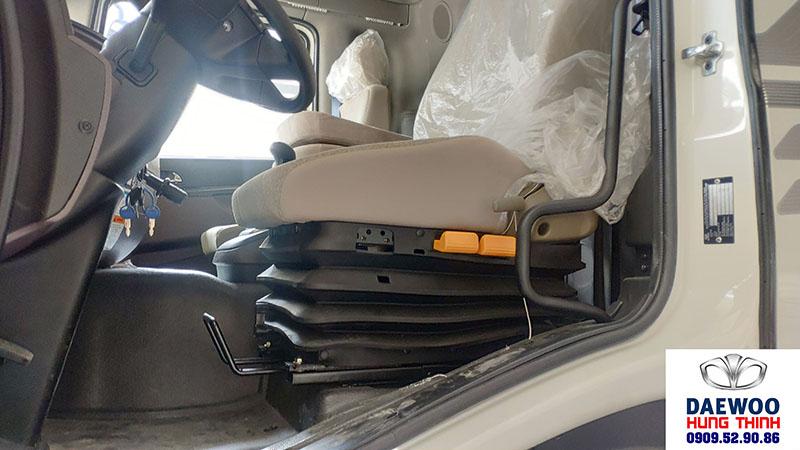 ghế tài xế xe daewoo 9 tấn