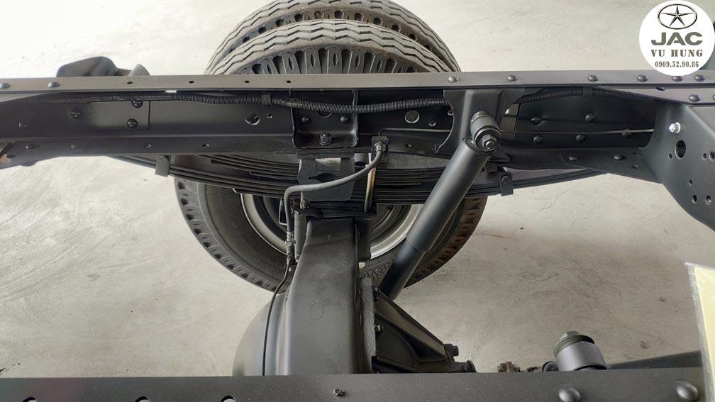 xe jac L250 có sát xi dày cứng cáp