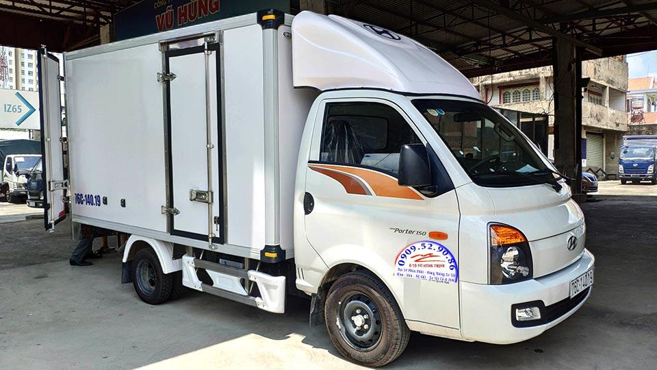 hyundai h150 thùng bảo ôn 1.4 tấn
