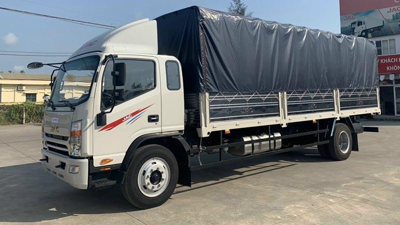 xe tải jac 8 tấn thùng mui bạt 7 bửng