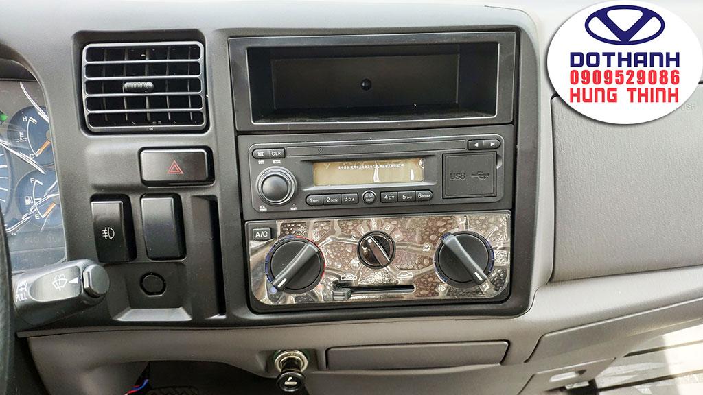 hệ thống giải trí xe iz49
