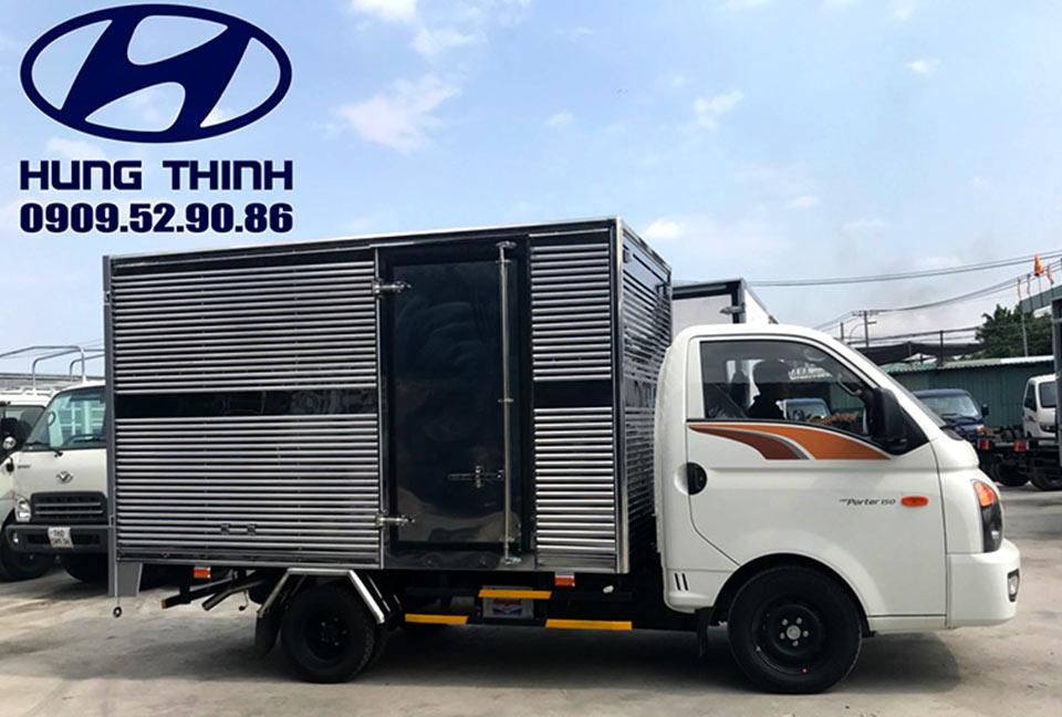xe tải h150 thành công thùng kín 1t49