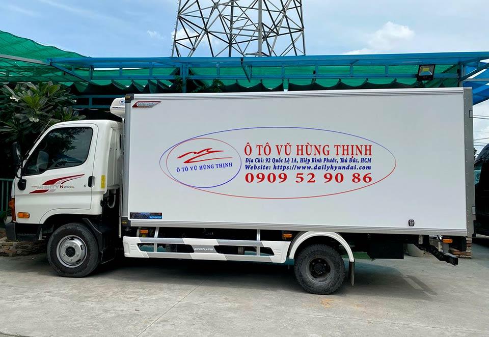 xe tải hyundai đông lạnh 1.9 tấn n250sl
