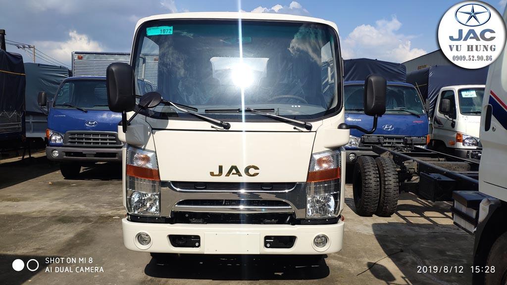 ngoại thất xe tải jac n200