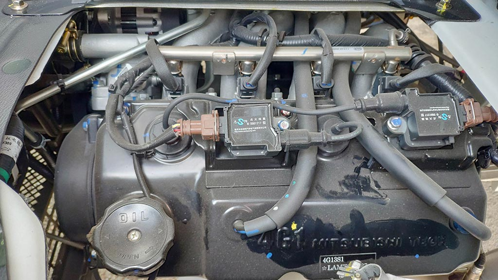 xe tải teraco 990 kg động cơ xăng 1.3 lít